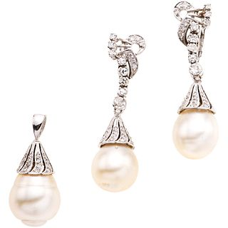 PENDANT AND EARRINGS SET WITH CULTURED PEARLS AND DIAMONDS. PALADIUM SILVER