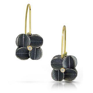 Off ear large Cube Urban cluster earrings