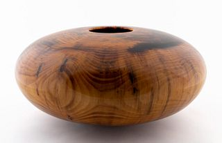 MATT MOULTHROP, TURNED WHITE PINE WOODEN VESSEL