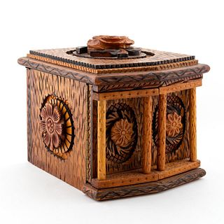 INTRICATELY CARVED TRAMP ART JEWELRY BOX, 20TH C.