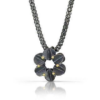 Tiny Round Urban blossom pendant