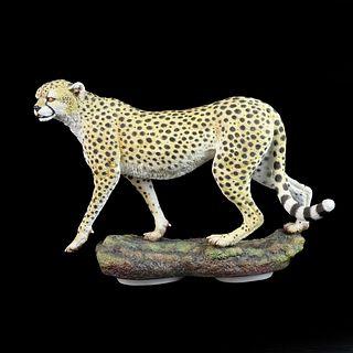 """Connoisseur """"Serengeti Morn I"""" Figurine"""