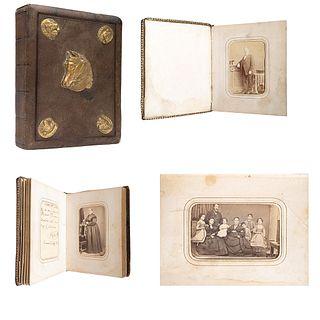 """CRUCES Y CAMPA, PEDRO GONZÁLEZ y MARTIN DUHALDE, Álbum fotográfico, Unsigned Cartes de visite, 6.1 x 4.6 x 0.86 """"measurements of album"""