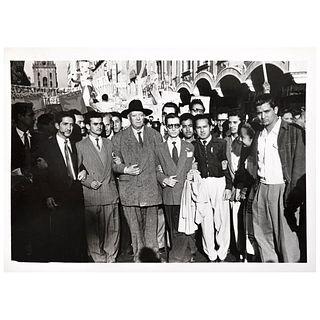 "UNIDENTIFIED PHOTOGRAPHER, Diego Rivera en la marcha del ""Congreso Americano por la Paz, Unsigned Vintage print, 3.5 x 5.1"" USD $180-$3"