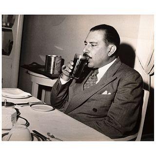 "LEO MATIZ, Hombre bebiendo, Unsigned Vintage print, 7.4 x 8.5"" USD $360-$540"