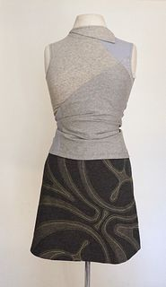 "Grey ""Mask"" Applique, Stretch, A-Line Skirt (SIZE M)"
