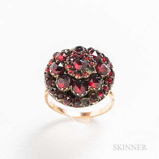 14kt Gold and Garnet Ring