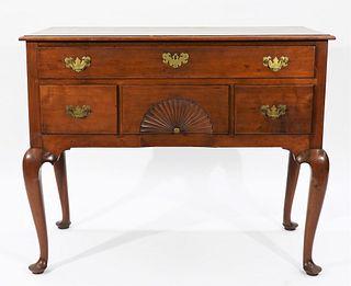 18C Connecticut Queen Anne Lowboy Dressing Table