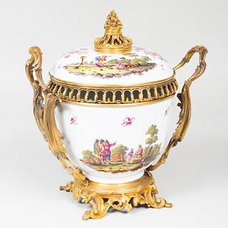 Samson Ormolu-Mounted Porcelain Potpourri Bowl and Cover