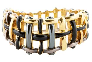 AN 18KT GOLD AND ENAMEL WOVEN BRACELET, ANGELA CUMMINGS FOR TIFFANY & CO., CIRCA 1980S