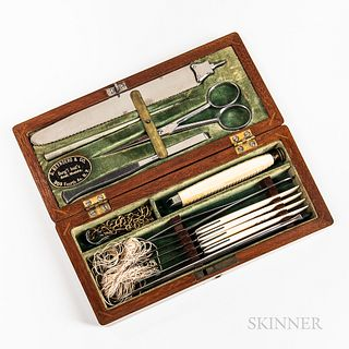 19th Century New York Cased Post-mortem Set, John Reynders & Co., 308 4th Ave, New York, green velvet-lined fitted mahogany case with s
