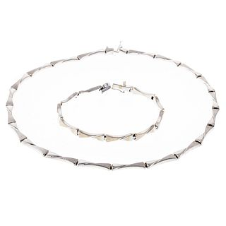 A Matching 14K White Gold Link Necklace & Bracelet