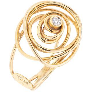 DIAMOND RING. 18K YELLOW GOLD. TOUS