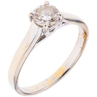 SOLITAIRE DIAMOND RING. 14K WHITE GOLD. ROMANZA