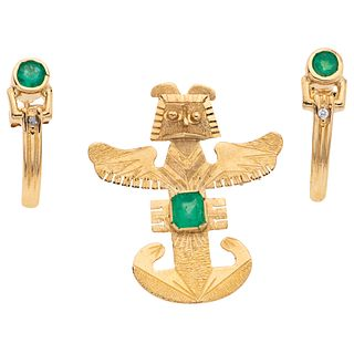 PENDANT / BROOCH AND EARRINGS WITH EMERALDS. 18K YELLOW GOLD