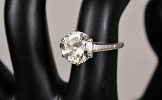 Exquisite Platinum & 3.5 Carat Diamond Ring