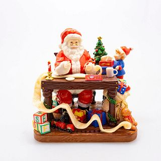 "Santa 2010 ""Santa Makes His List"" Hn5468 - Royal Doulton Figurine"