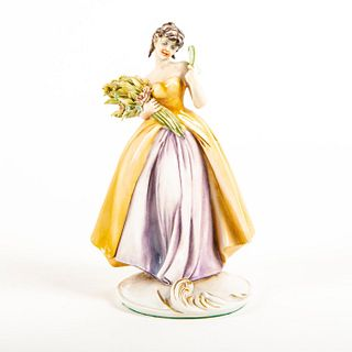Antonio Borsato Figurine, Lady With Fan And Bouquet