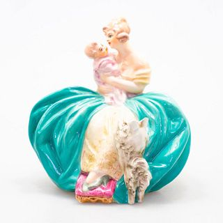 Guido Cacciapuoti Figurine, Victorian Lady Holding A Baby