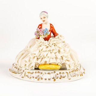Vintage Luigi Fabris Figurine, Lady Holding Flowers