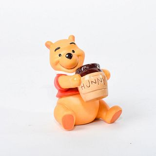 Walt Disney Classics Collection Figurine, Winnie The Pooh