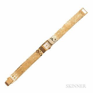 Retro Tiffany & Co. 14kt Gold Wristwatch, Movado Factories 17-jewel manual-wind movement, in a bracelet of brickwork links, 19.8 dwt, l