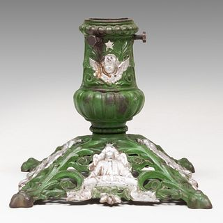 Hollersche CarlsHütte Painted Iron Christmas Tree Stand, Model no. 142, Late 19th/Early 20th Century