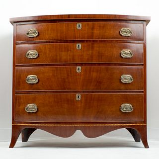 American Hepplewhite four drawer bow front chest (1800)