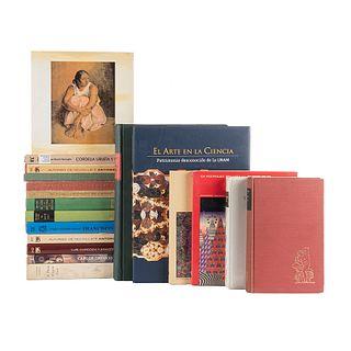 Libros de Arte. México: UNAM, varios años. El Nacionalismo y el Arte Mexicano/Vlady/ El Arte Zen...Algunos firmados. Pzs: 19.