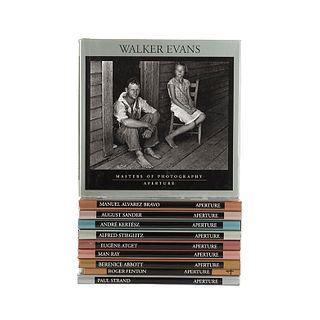 Aperture Masters of Photography. Alfred Stieglitz/ André Kertész/ August Sander/ Manuel Alvarez Bravo/ Walker Evans... Pzs: 10.