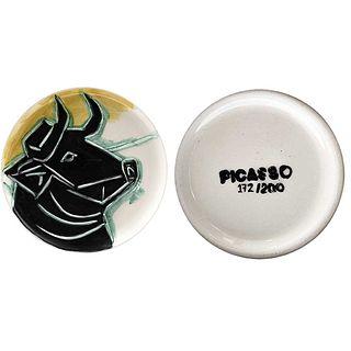 "PABLO PICASSO, Bull head, 1993, Unsigned, Stamp on back, Ceramic plate 172 / 200 posthumous ed., 14.1"" (36 cm) in diameter"
