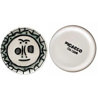 """PABLO PICASSO, Untitled, Unsigned, Stamp on back, Ceramic plate 116/200 posthumous ed., 14.1"""" (36 cm) in diameter"""