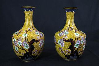 Yellow Glaze Gilt Flower Pattern Porcelain Twain Vases
