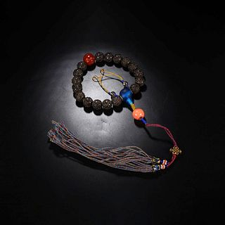 An Eaglewood 18 Beads Hand String
