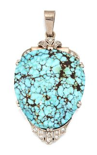 AN EARLY 20TH CENTURY TURQUOISE AND DIAMOND PENDANT, the of