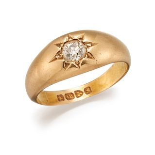 AN 18 CARAT GOLD AND DIAMOND RING, hallmarked?Chester 1907,