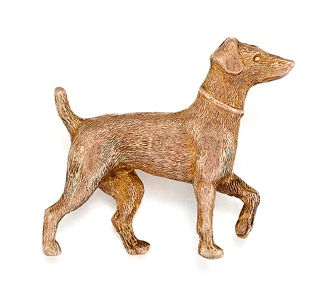 A 9CT BROOCH OF A PATTERDALE TERRIER, the naturalistically