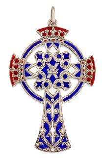 A SCOTTISH SILVER AND ENAMEL CROSS PENDANT, the pendant ena