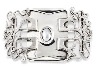 A LIBERTY & CO, CYMRIC SILVER AND BUTTON PEARL BUCKLE, the