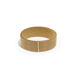 Gucci, Gold mesh bracelet