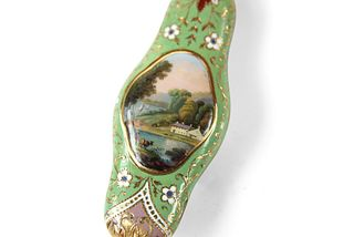 Swiss Gold and enamel scent bottle