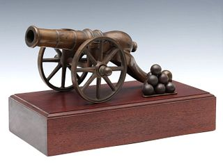 A NICE QUALITY BRONZE MODEL OF 19TH CENTURY CANNON