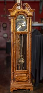 A LATE 20TH C. OAK SETH THOMAS 'GRANDFATHER' CLOCK