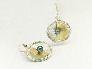 Moonlight Black Pearl Earrings