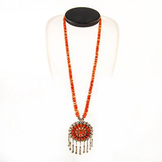 Native American Zuni Spiny Oyster Pendant Necklace