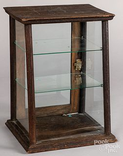 Small oak counter top showcase