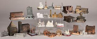 Approximately 33 souvenir buildings