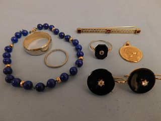 LOT MISCELLANEOUS GOLD JEWELRY