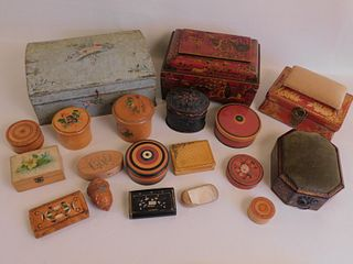 LOT 19 ASSORTED OLD BOXES