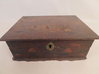CIRCA 1700 INLAID BERMUDA BOX